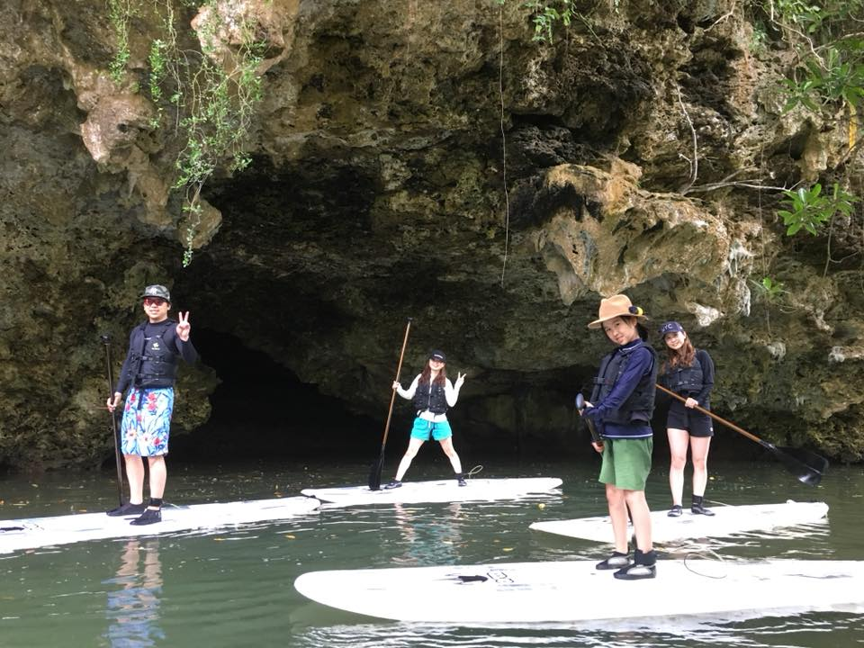 家族旅行でマングローブSUP|石垣島のアクティビティ