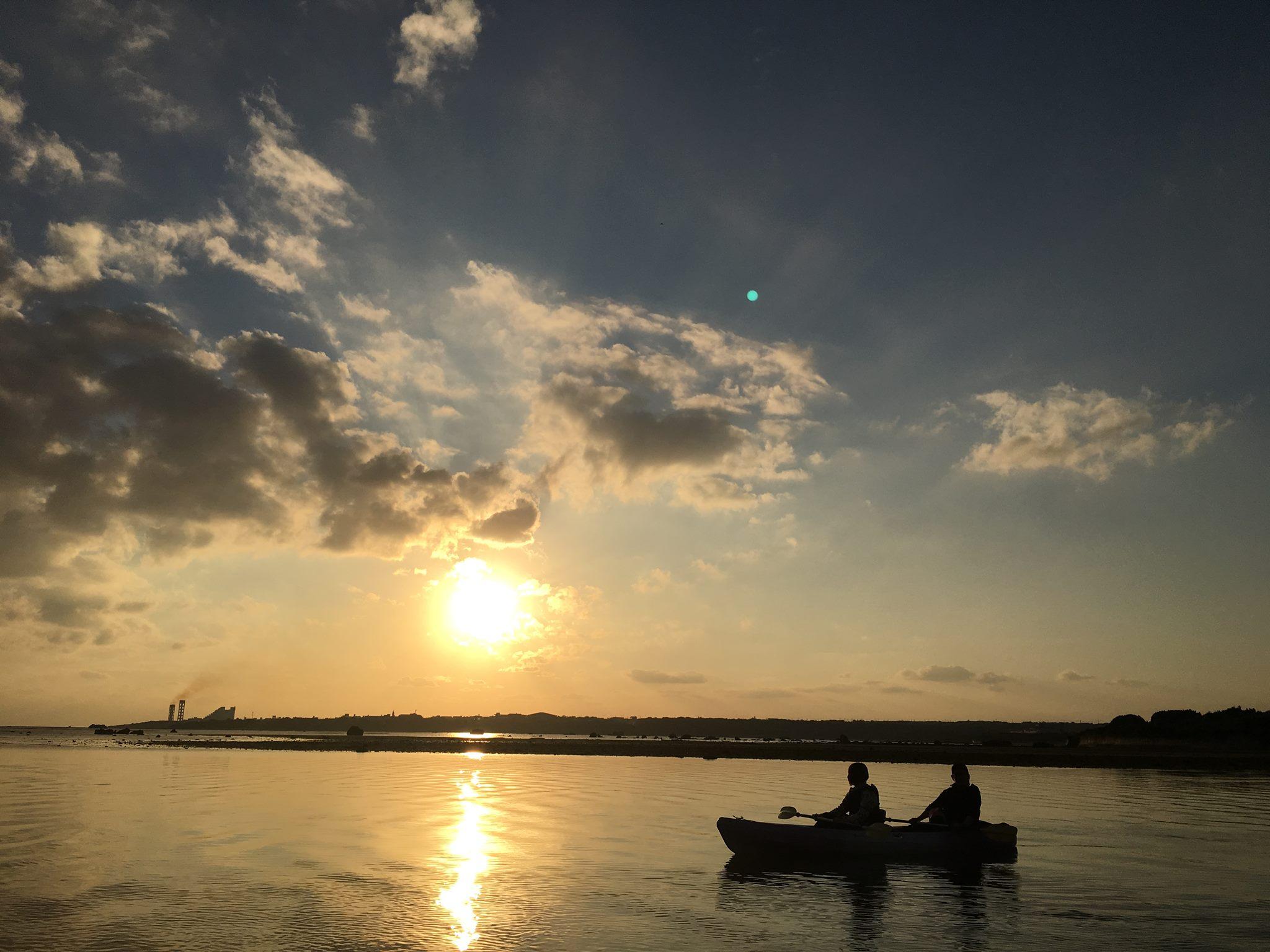 【記念写真付き】行きは夕暮れ、帰りは星空☆ 夕暮れナイトカヌー