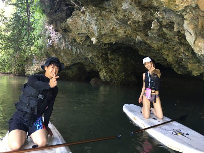 石垣島のマングローブSUP|サンゴ岩の洞窟