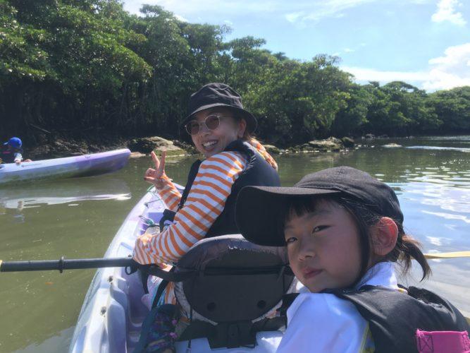 カヌーに乘って遊びましょう!石垣島の女子チーム
