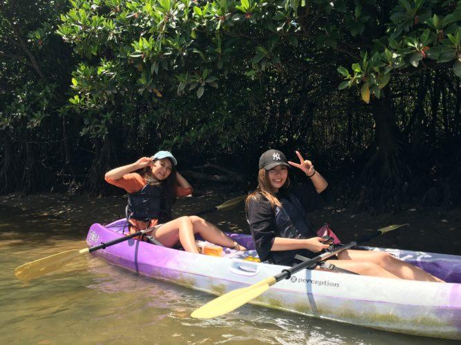 石垣島のマングローブカヌーに女子旅