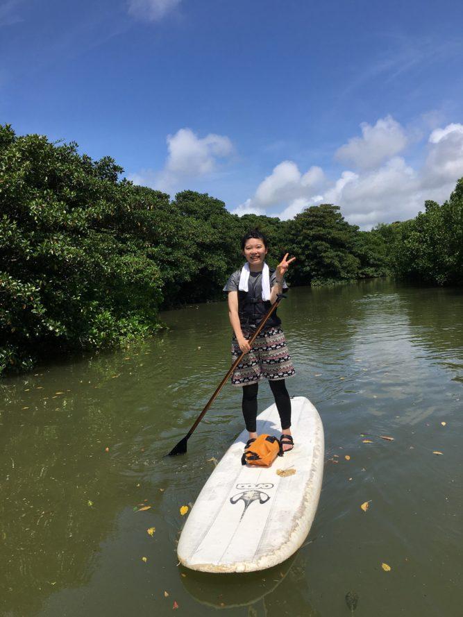 女子旅ひとり旅マングローブSUP