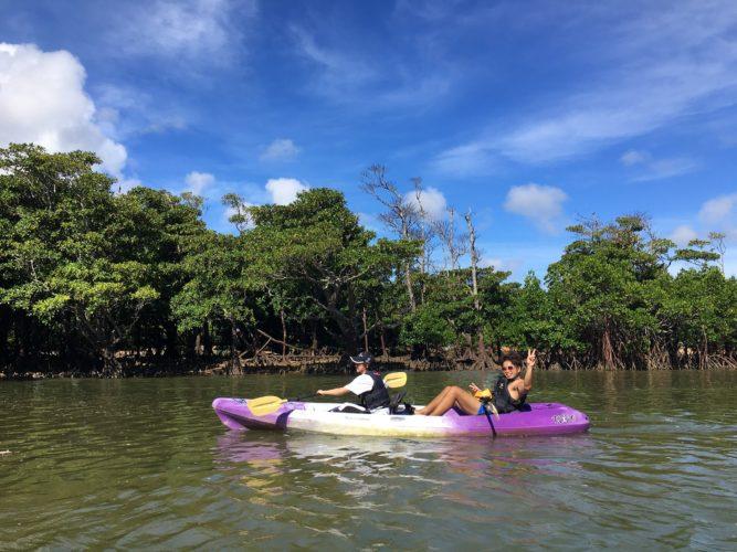 学生旅行で石垣島のマングローブカヌー