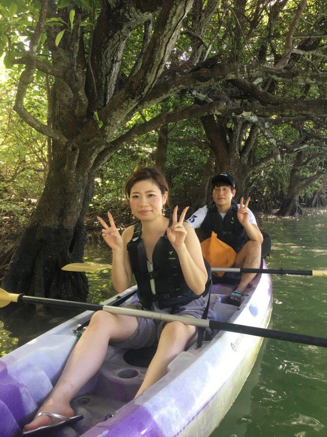 マングローブにカヌーで小休止|石垣島ガイドCHORO