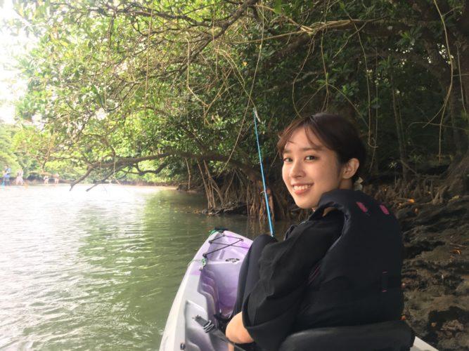 カヤックフィッシングしながらマングローブで休憩|石垣島ガイドCHORO