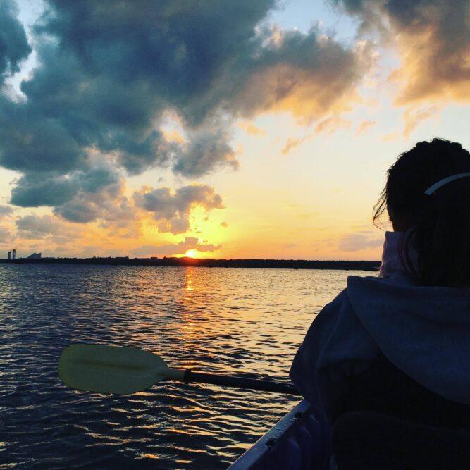 カヌーから眺める石垣島の夕陽|石垣島ガイドCHORO