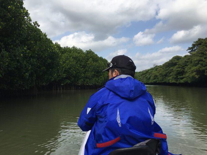 マングローブの中の釣り|石垣島ガイドCHORO